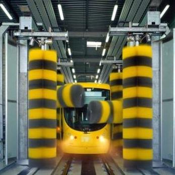شستشو قطار با استفاده از قطار شوی اتوماتیک