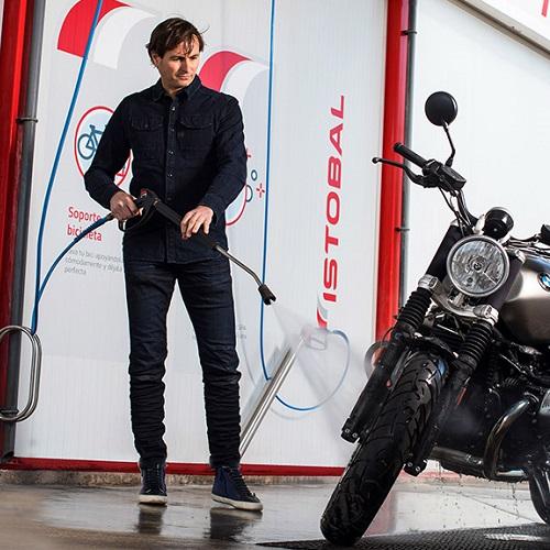 شستشوی موتورسیکلت با کارواش دستی
