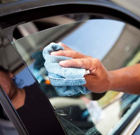 شیشه های شفاف تر ماشین
