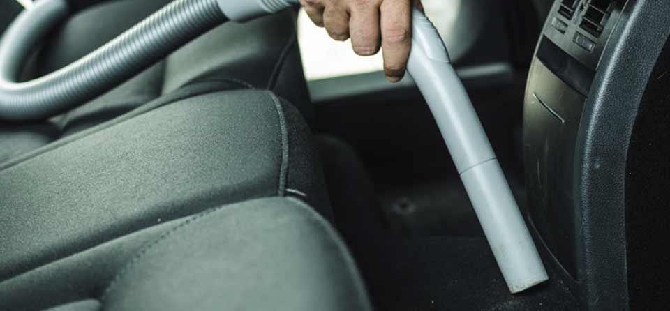 جارو برقی و نظافت داخل خودرو